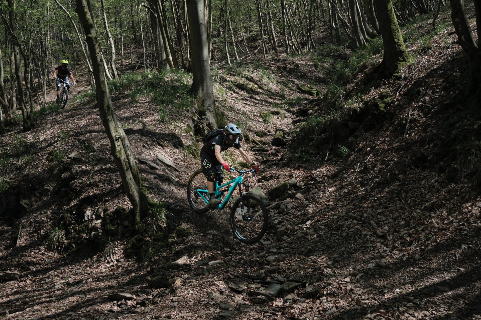 frans ruiter XZGNGLdsy6U unsplash - Er du på udkig efter en ny mountainbike?